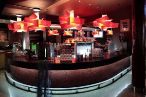 Fringe Bar